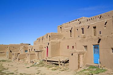 Taos Pueblo, UNESCO World Heritage Site, Pueblo dates to 1000 AD, New Mexico, United States of America, North America