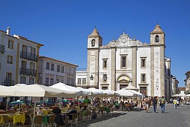 Giraldo Square and St. Anton's Church, Evora, UNESCO World Heritage Site, Portugal, Europe