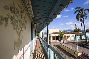 Murals on Outside Wall, Universal Benito Ortiz Galeria de Arte, Trinidad, UNESCO World Heritage Site, Sancti Spiritus, Cuba, West Indies, Central America