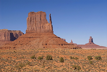 West Mitten Butte, Monument Valley Navajo Tribal Park,  Utah, United States of America, North America