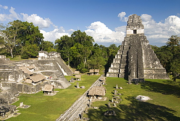 Temple No. 1 (Jaguar Temple) with North Acropolis on the left, Tikal, UNESCO World Heritage Site, Tikal National Park, Peten, Guatemala, Central America