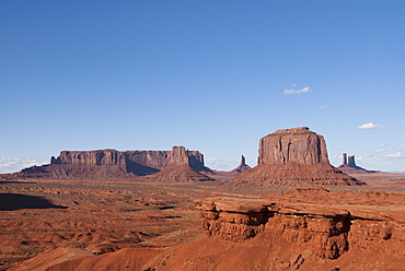 Monument Valley Navajo Tribal Park, view from John Ford's Point, Utah, United States of America, North America