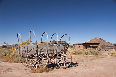 Hubbell Trading Post National Historic Site, original covered wagon, Arizona, United States of America, North America