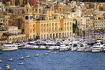 The Grand Harbour of Valletta, UNESCO World Heritage Site, Malta, Mediterranean, Europe