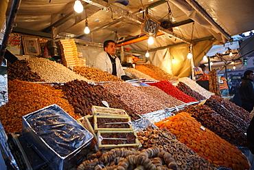 Dried fruit seller, Djemaa el Fna, Marrakech, Morocco, North Africa, Africa