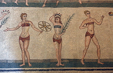 Mosaic, Villa Romana Del Casale, Piazza Armerina, UNESCO World Heritage Site, Sicily, Italy, Europe