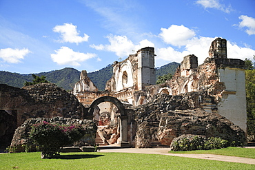 Ruins of the Church of La Recoleccion, destroyed by earthquake in 1700s, Antigua, Guatemala, Central America