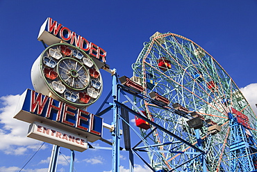 Denos Wonder Wheel, Amusement Park, Coney Island, Brooklyn, New York City, United States of America, North America