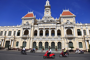 Peoples Committee Building, City Hall, Ho Chi Minh City (Saigon), Vietnam, Indochina, Southeast Asia, Asia