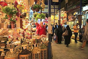 Spice Bazaar, Misir Carsisi, Egyptian Market, Eminonu, Istanbul, Turkey, Europe
