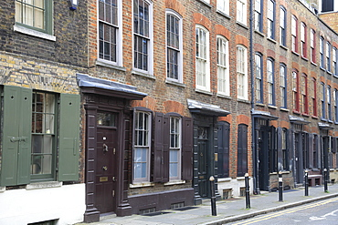 Historic Huguenot houses dating from the 18th century, Spitalfields, East End, London, England, United Kingdom, Europe