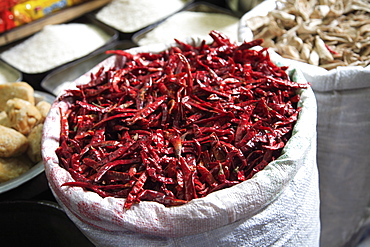 Red chillies for sale, Old Delhi, India, Asia