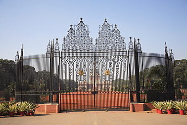 Ornate iron gates of Rashtrapati Bhavan, Presidential Palace, New Delhi, India, Asia