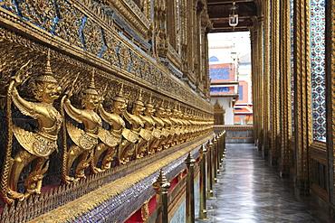 Temple of the Emerald Buddha (Wat Phra Kaew), The Grand Palace, Bangkok, Thailand, Southeast Asia, Asia