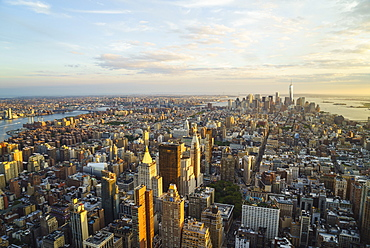 Skyline looking south towards Lower Manhattan at sunset, One World Trade Center in view, Manhattan, New York City, New York, United States of America, North America