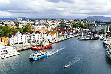 Vagen, Stavanger's inner harbour, Stavanger, Norway's third largest city and centre of the country's oil industry, Norway,Scandinavia, Europe