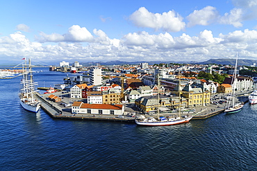 Stavanger harbour, Stavanger, Norway's third largest city and centre of the country's oil industry, Norway, Scandinavia, Europe