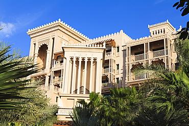 Arabesque architecture of the Al Qasr Hotel, part of the Madinat Jumeirah Hotel, Jumeirah Beach, Dubai, United Arab Emirates