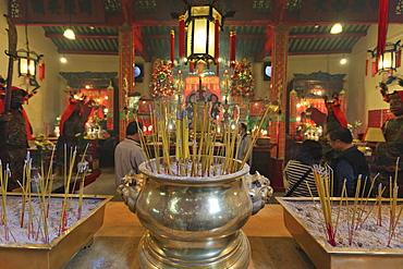 Man Mo Temple, built in 1847, Sheung Wan, Hong Kong, China, Asia
