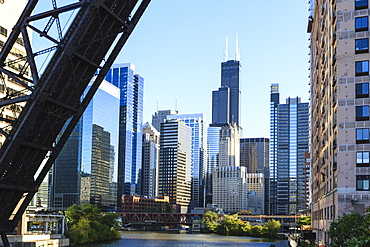 Chicago River and towers including the Willis Tower, formerly Sears Tower, with a disused raised rail bridge in the foreground, Chicago, Illinois, United States of America, North America