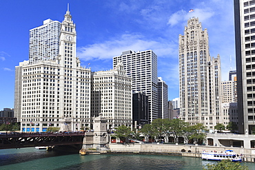 The Wrigley Building and Tribune Tower, across the Chicago River to North Michigan Avenue, Chicago, Illinois, United States of America, North America
