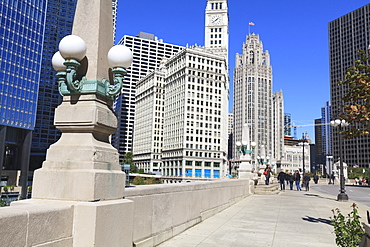 Chicago Riverwalk on West Wacker Drive with Trump Tower, Wrigley Building and Tribune Tower, Chicago, Illinois, United States of America, North America