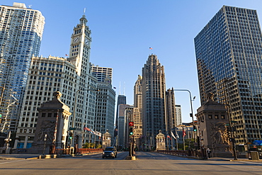 DuSable Bridge looking up North Michigan Avenue, the Wrigley Building left centre and Tribune Tower right centre, Chicago, Illinois, United States of America, North America