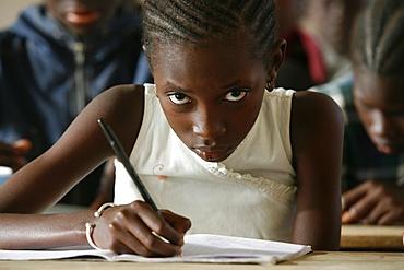Schoolchildren, Garage-Bentenier, Thies, Senegal, West Africa, Africa