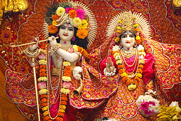 Statues of Krishna and Rada, Bhaktivedanta Manor temple, Watford, Hertfordshire, England, United Kingdom, Europe