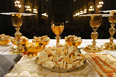 Eucharist in Notre Dame cathedral, Paris, France, Europe