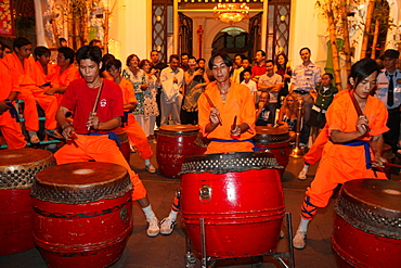 Drum and percussion music for the traditional Chinese New Year Lion Dance, Ho Chi Minh City, Vietnam, Indochina, Southeast Asia, Asia