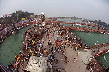 Holy ghat of Har Ki Pauri in Haridwar during Kumbh Mela in 2010, Hardiwar, Uttarkhand, India, Asia