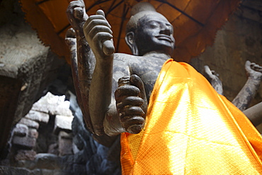 Vishnu statue, Angkor Wat, UNESCO World Heritage Site, Siem Reap, Cambodia, Indochina, Southeast Asia, Asia