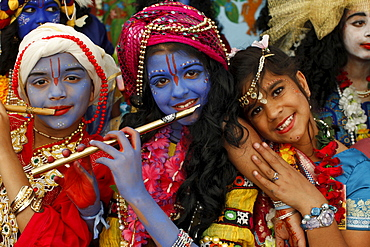 Children at Janmashtami festival (Krishna's birthday) at Bhaktivedanta Manor ISKCON (Hare Krishna) temple, Watford, Hertfordshire, England, United Kingdom, Europe