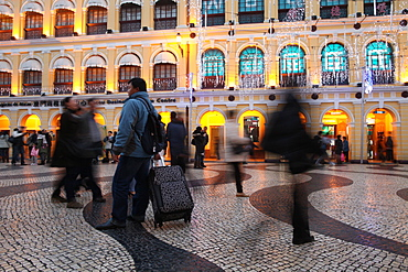 Largo do Senado Square at night, Macau, China, Asia
