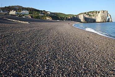 Beach and cliffs at Etretat, Cote d'Albatre, Seine-Maritime, Normandy, France, Europe