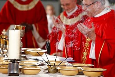 Eucharist celebration, Catholic Mass, L'Ile St. Denis, France, Europe