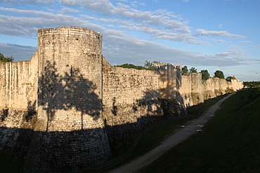 Ramparts dating from the 13th and 14th centuries of the medieval town of Provins, UNESCO World Heritage Site, Seine-et-Marne, Ile-de-France, France, Europe