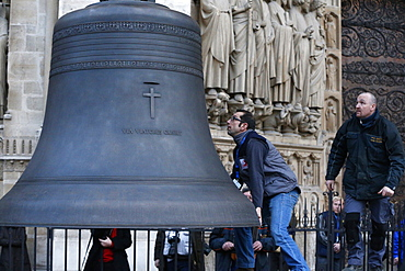 Arrival of the new bell chime, baptised Marie, the biggest bell weighing six tons and playing a G sharp note (sol diese), on 850th anniversary of Notre Dame de Paris, Paris, France, Europe
