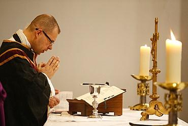 Eucharistic celebration, St. Louis church, Villemomble, Seine-St. Denis, France, Europe