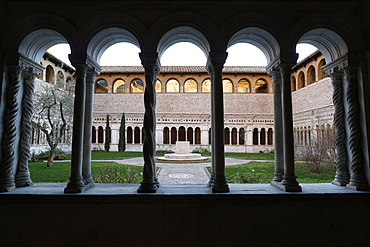 The Vassaletto cloisters in the Papal Arch basilica of St. John Lateran, Rome, Lazio, Italy, Europe