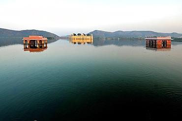 Lake and Palace on Amber's road, Jaipur, Rajasthan, India, Asia