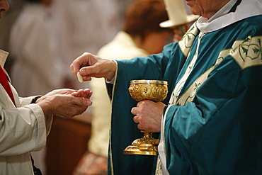 Catholic Mass, Eucharist, Villemomble, Seine-Saint-Denis, France, Europe