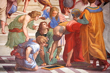 The School of Athens, fresco by the Italian painter Raphael painted between 1509 and 1510. Segnatura (the Stanze), Vatican Museum, Vatican, Rome, Lazio, Italy, Europe