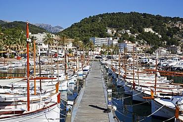 Porto Soller harbour, Majorca, Balearic Islands, Spain, Europe