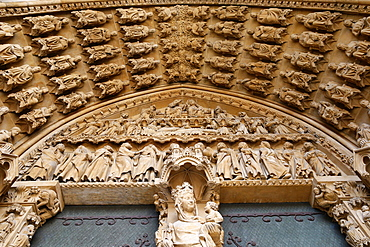 Portal of the Virgin dating from the 13th century, Metz Cathedral, Metz, Lorraine, France, Europe