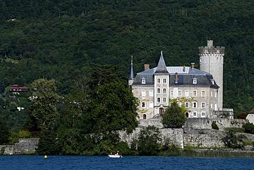 Chateau de Duingt, Lake Annecy, Haute-Savoie, France, Europe