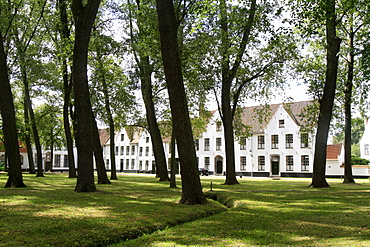 Monastery of the Vine, Begijnhof Convent for Benedictine nuns, Bruges, Belgium, Europe