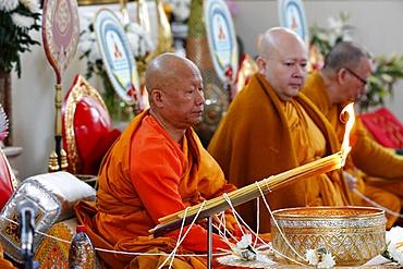 Buddhist ceremony, Magha Puja, Wat Velouvanaram, Bussy Saint Georges, Seine et Marne, France, Europe