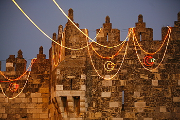 Jerusalem old city wall during Ramadan, Jerusalem, Israel, Middle East